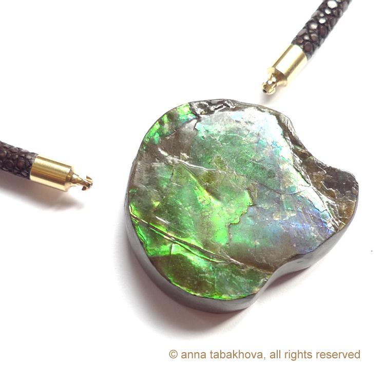 ammolite-5-anna-tabakhova-aP1140153-copyrigh