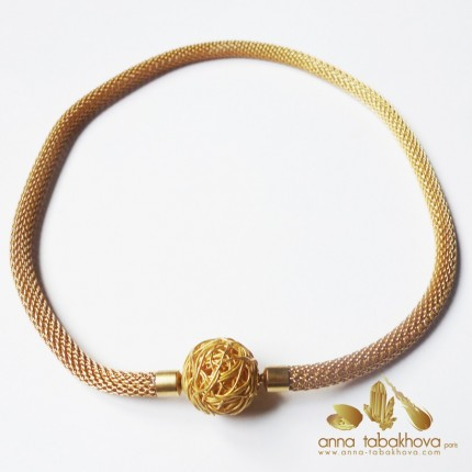 6 mm Gold Plated Steel Mesh InterChangeable Necklace with a silver wired clasp (sold separatly)
