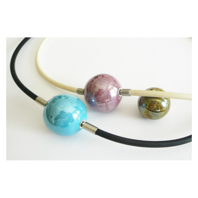 18 mm Blue Ceramic InterChangeable Clasp for comparison of color and size