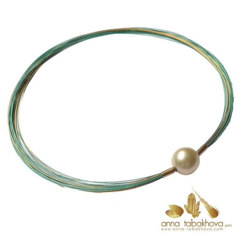 15,9 mm GOLD Pearl Clasp with a green and gold plated wire necklace (sold separatly)