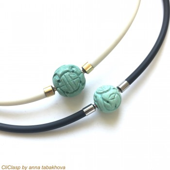 2 vintage carved Turquoise...
